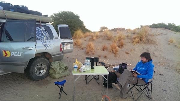 Acampando en el desierto a orillas del Nilo