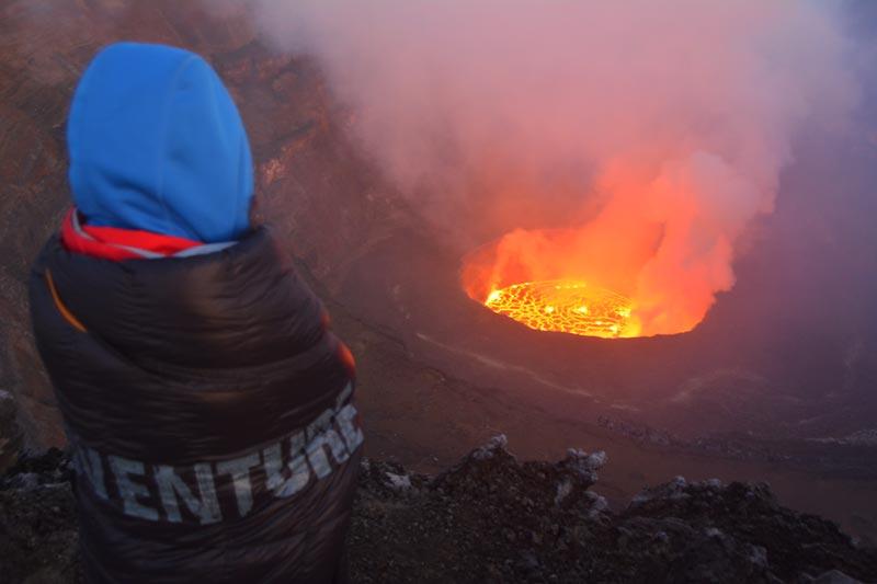 Vistas del volcán Nyiragongo desde la cima