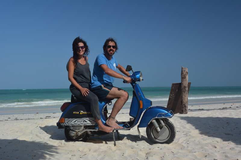 14 Con la moto por Zanzibar