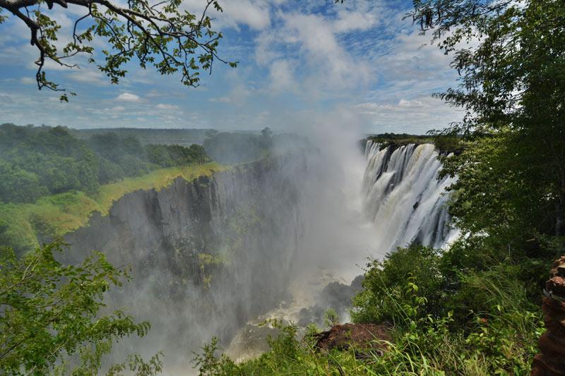 Vista de las cataratas desde Zambia